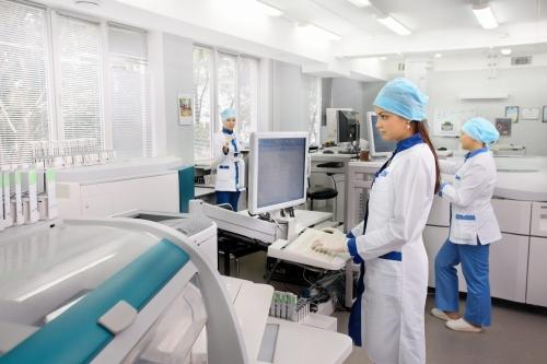 Картинки по запросу современная лаборатория  клиника