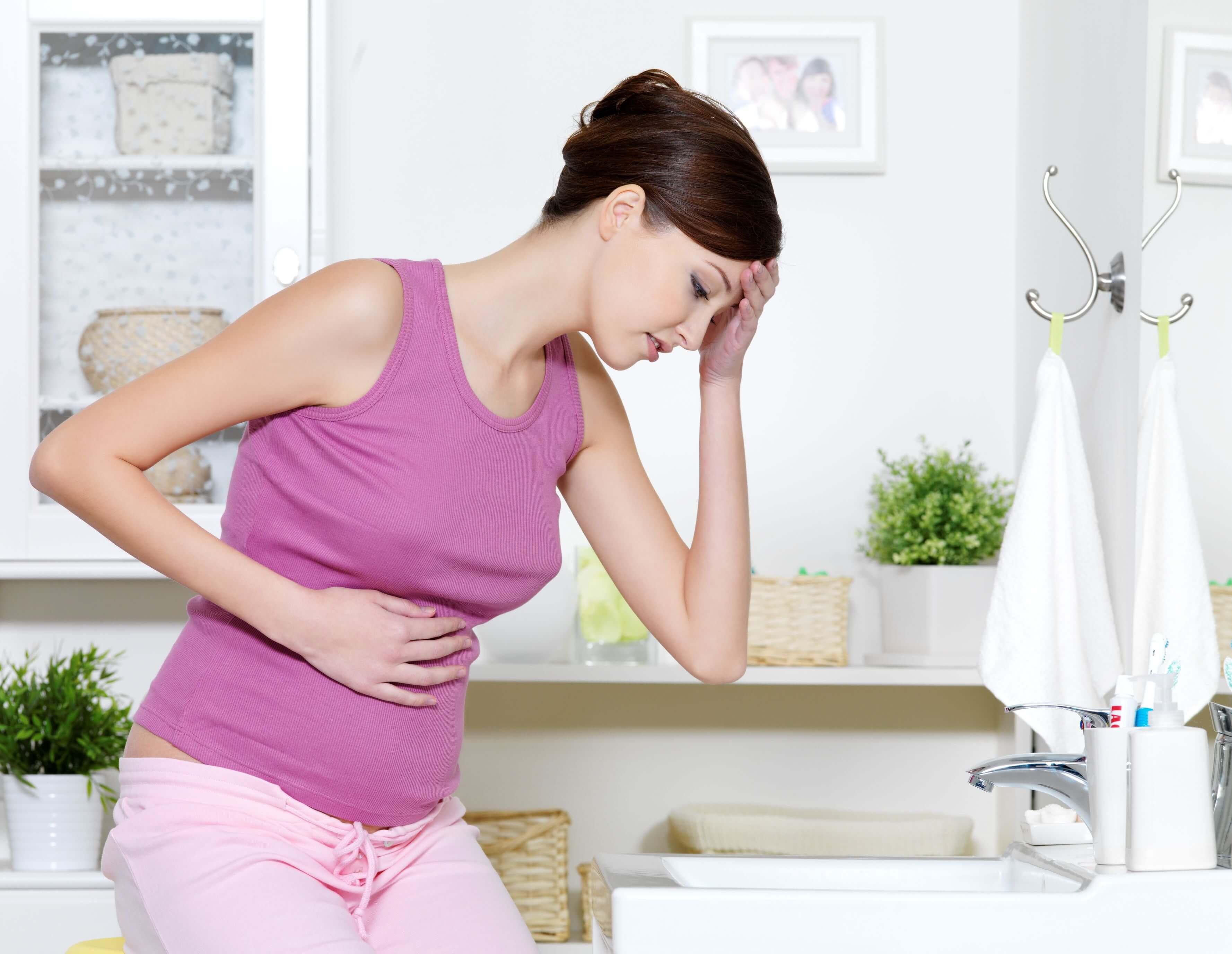 Гипертиреоз и беременность: причины возникновения и угроза для плода