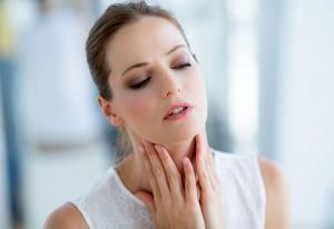 Возникновение узлов на щитовидной железе могут спровоцировать множество факторов