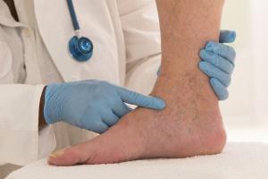УЗИ нижних конечностей может выявить многие нарушения в артериях