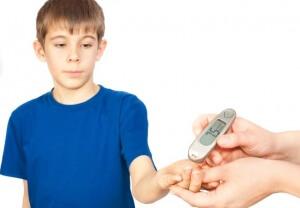 Постоянная жажда, усталость и нарушение сна - признаки сахарного диабета у детей