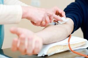 Для биохимического анализа крови необходима венозная кровь