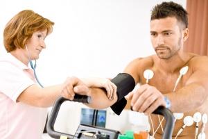 ЭКГ с нагрузкой – эффективный метод диагностики устойчивости сердечно-сосудистой системы к физическим нагрузкам