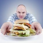 Холестерин – это липид, который в основном образуется в печени и выполняет очень важные функции