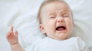 Колики – это скопление газов в животике у ребенка