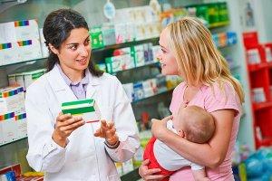 Медикаментозные препараты назначаются в зависимости от характера проявления колик у малыша