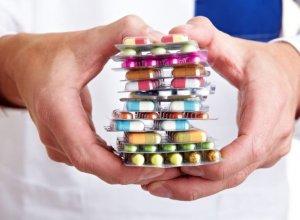 Эффективные таблетки для снижения уровня холестерина может назначить врач в зависимости от причины его повышения