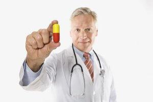 Лечение должно быть комплексным и каждому больному гастритом назначается по индивидуальной схеме