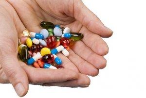 Медикаментозная терапия направлена на устранение определенного заболевания, которое спровоцировало лейкопению