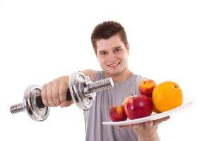 Одним из методов снижения тестостерона в организме мужчин и женщин считается переход на специальную диету