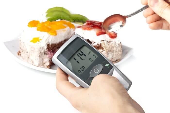Как и чем можно быстро снизить уровень сахара в крови?
