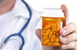 Чтобы назначить лекарства нужно найти причину лейкоцитоза