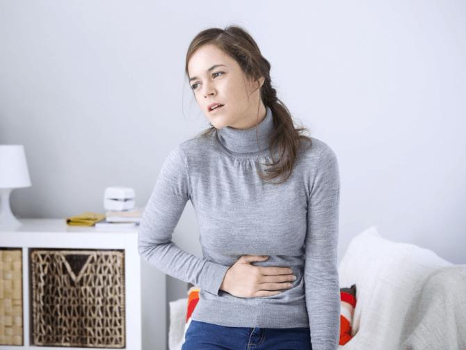 Фолликулярная киста яичника: основные симптомы новообразования
