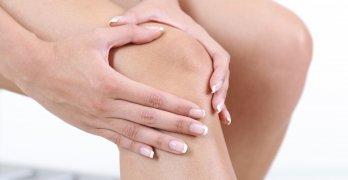 В основе недуга лежат дегенеративные изменения в суставном хряще