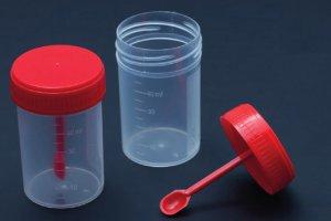 Собираем кал для анализа в специальный стерильный контейнер