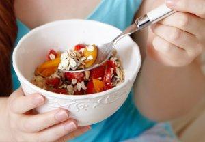 Во время лечения нужно придерживаться специальной диеты