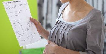 Анализы позволяют контролировать состояние плода и женщины