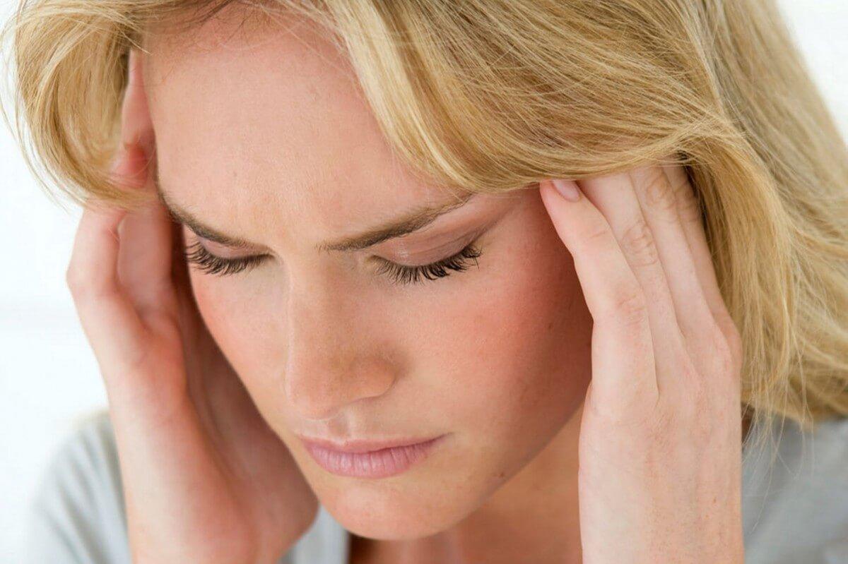 Основные симптомы микроинсульта у женщин