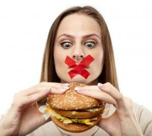 Неправильное питание и образ жизни – основные причины повышения уровня холестерина