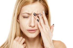 Чаще всего микроинсульт возникает на фоне сильно высокого артериального давления