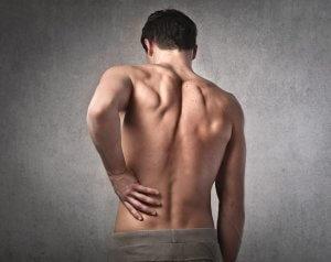 При болезнях почек в первую очередь нарушается мочеиспускание