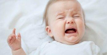 Обычно колики возникают на 3-4 недели жизни ребенка