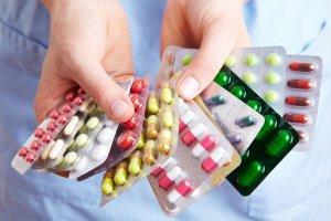 Лечение состоит из лекарств и диеты