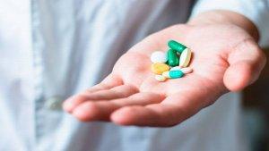 Медикаментозная терапия состоит из препаратов, которые разжижают кровь