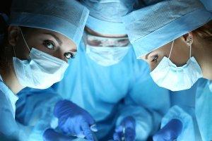 Врожденная гидроцефалия чаще всего требует хирургического лечения
