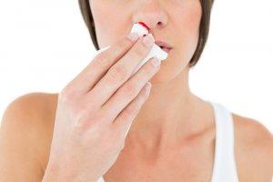 Тромбоцитопения не сопровождается ярко выраженными симптомами