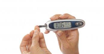 Повышенный уровень сахара в крови – один из главных признаков сахарного диабета