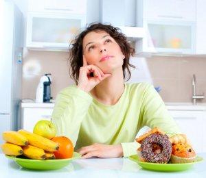 Кушать сладости перед анализом не рекомендуется, так как они способны повлиять на результаты исследования