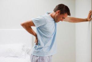 Запущенная боль в почке может вызвать опасные для жизни осложнения