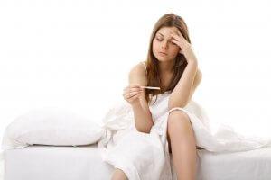 Железистый полип может влиять на возможность забеременеть