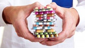 Лечение гонореи длительное и зависит от стадии заболевания