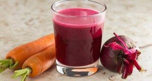 Хорошо повышает уровень гемоглобина морковно-свекольный сок