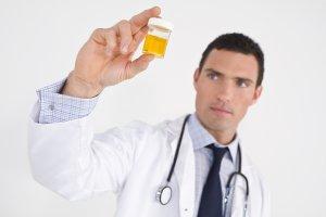 Лечение направлено на устранение причины, спровоцировавшую повышение лейкоцитов