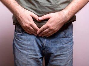 Заболевания органов мочевыделительной системы могут повлиять на цвет мочи