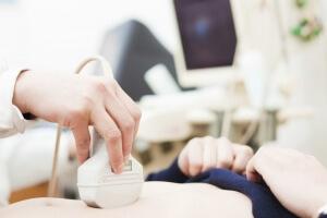 Как делают УЗИ брюшной полости: подготовка и процедура обследования