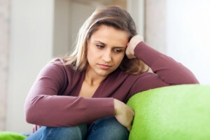 Причины низкого гемоглобина у женщин, симптомы и способы повышения