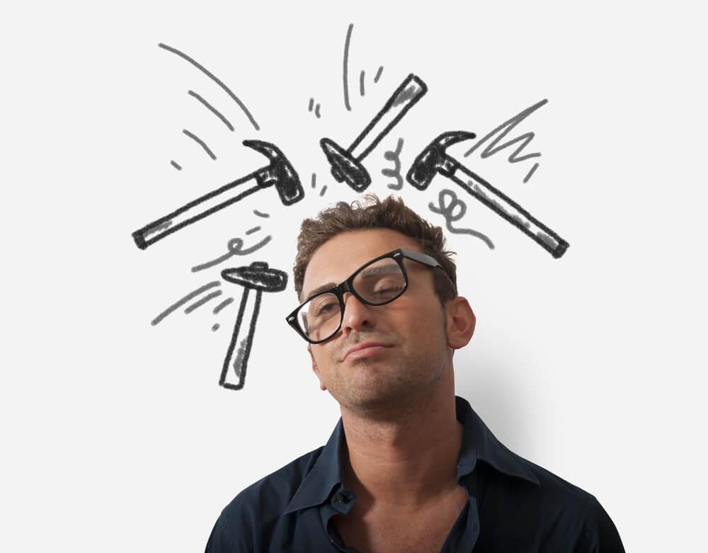 Почему возникает головная боль после физической нагрузки?