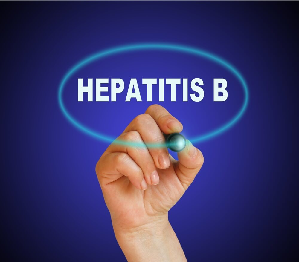 Плановая вакцинация и ревакцинация против гепатита В