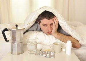 Сорбенты и противорвотные препараты – первая помощь при алкогольном отравлении