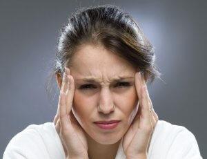 Обмороки, частые головные боли, судороги, ухудшение зрения, слуха и речи – повод пройти обследование