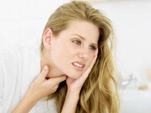 При хроническом лейкозе можно отметить сильное распространенное увеличение лимфоузлов