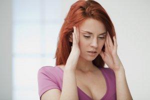 Пониженный уровень показателя может быть вызван как неправильным питанием, так и серьезными патологиями