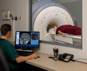 Ищем причину с помощью МРТ головного мозга