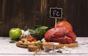 Железо содержится в продуктах животного и растительного происхождения