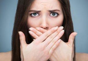 Почему возникает привкус железа во рту и когда нужен врач?